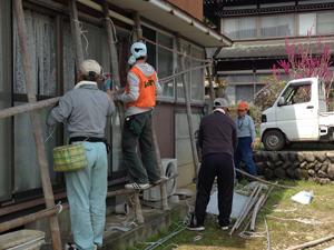東日本大震災 鶴岡市空き家清掃のサムネイル画像