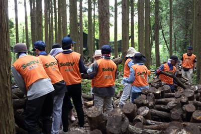 平成28年熊本地震 椎茸原木の復旧活動のサムネイル画像