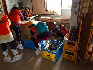 鳥取県中部地震 倉吉市での活動のサムネイル画像