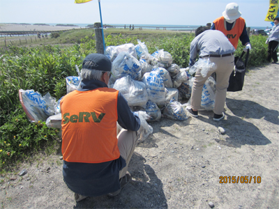 SeRV浜松 遠州灘清掃活動に参加のサムネイル画像