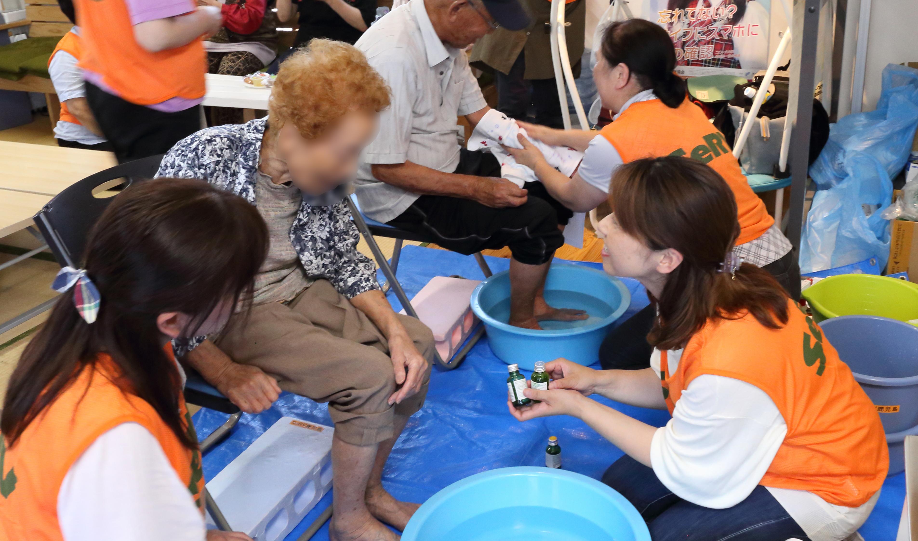 平成28年熊本地震 仮設住宅での足湯活動(2019年)のサムネイル画像